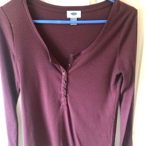 Old Navy Tops - Old Navy maroon Henley - SMALL